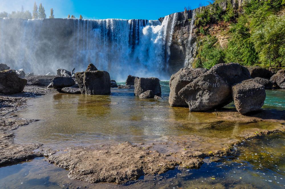 Saltos del laja turismo chile for Piscinas naturales chile